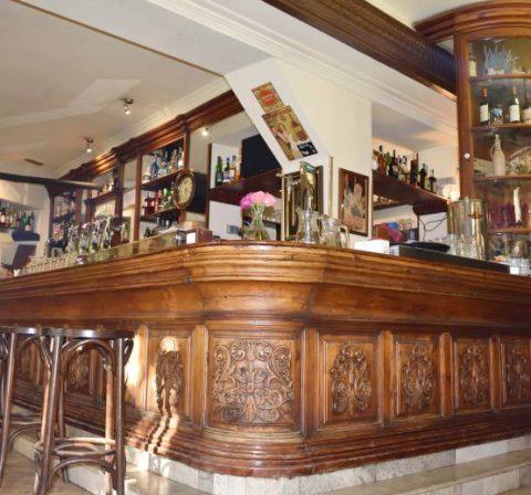 interior café de los austrias